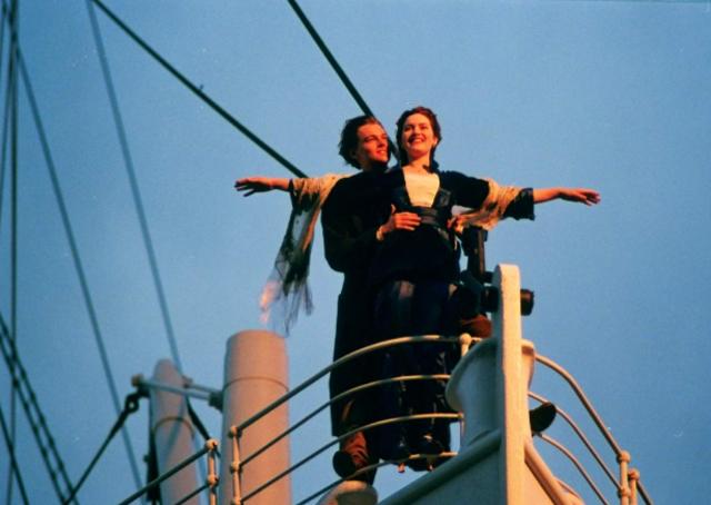Quel est le nom du paquebot sur lequel Jack et Rose se rencontrent dans Titanic ?